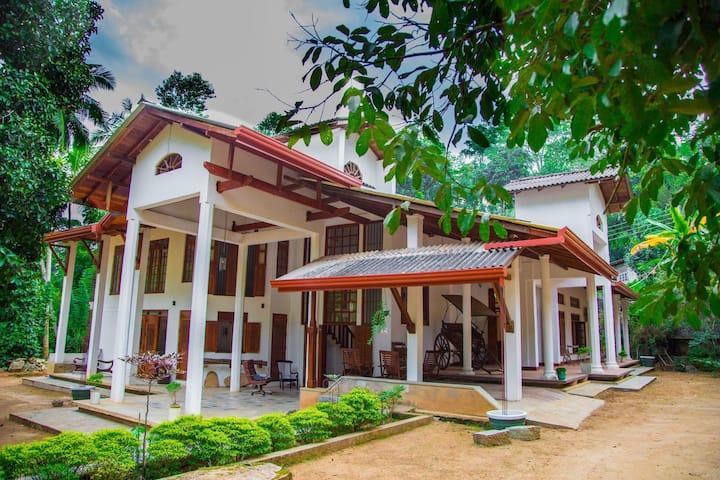 Villa Aqua Nillambe