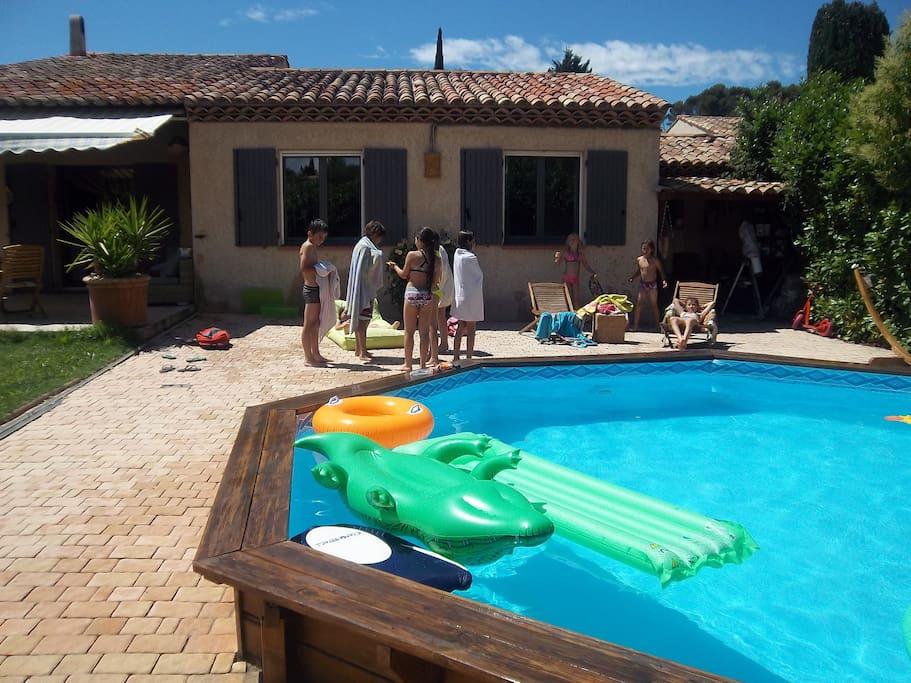 Villa proven ale avec piscine houses for rent in for Piscine pierrevert
