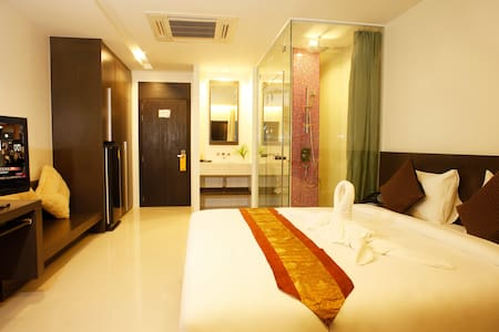 Modern Deluxe Room- Chaweng City