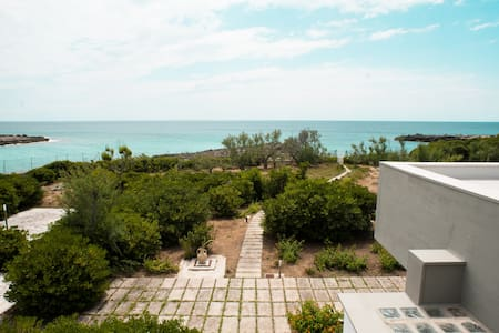 Villa on the Beach - Pulsano (TA) - Casa de camp