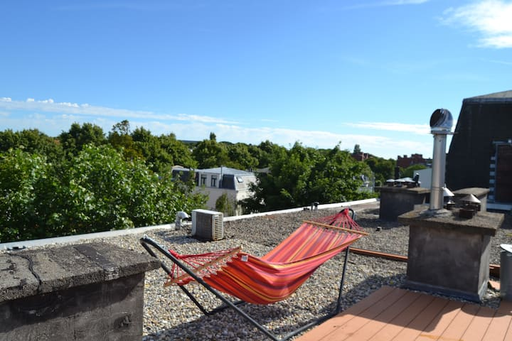 Sunny appartement with jaccuzi and rooftop terrace