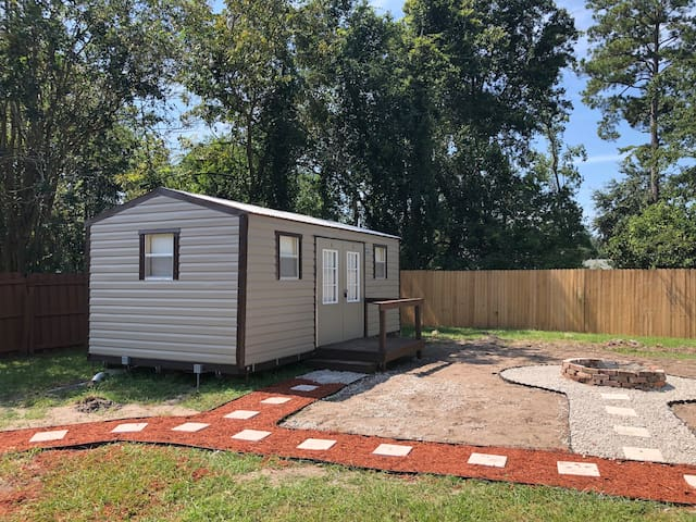 Charming brand new Tiny house Jacksonville