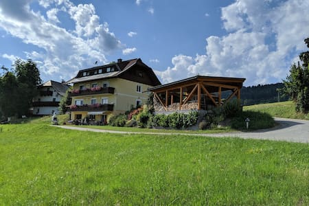 Ferienwohnung Lerchbaumer 55m², nähe Wörthersee