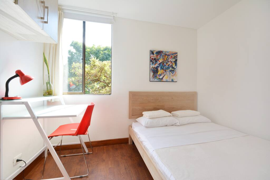 Personal desk and Wi-Fi (5GB) inside your room. Double bed.