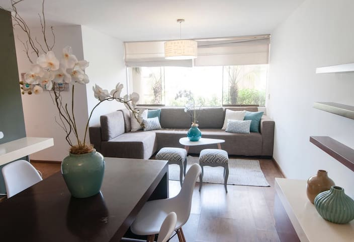 Modern apartment near everything in Monterrico