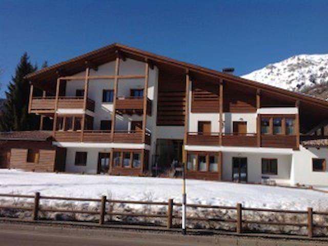 App. 6/8 posti letto Val di Fiemme - Bellamonte - Huoneisto