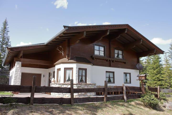 Chiemseer Hütte in der Zillertalarena - Hochkrimml - Rumah