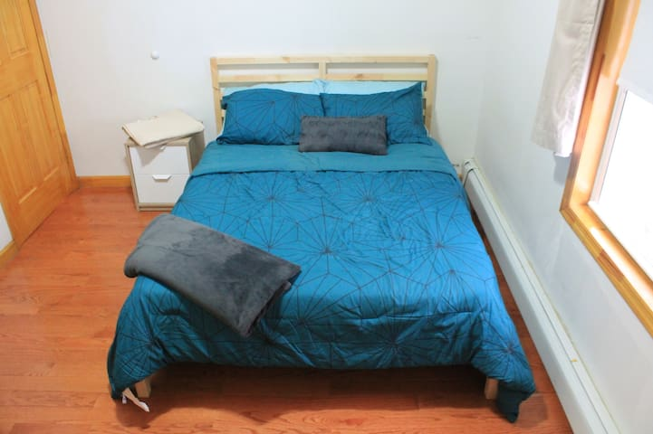 Delightful Clean Private Room 25 mins to Time Sq