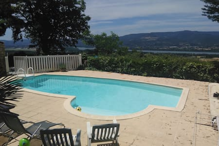 Villa, piscine avec vue splendide - Savasse - 一軒家