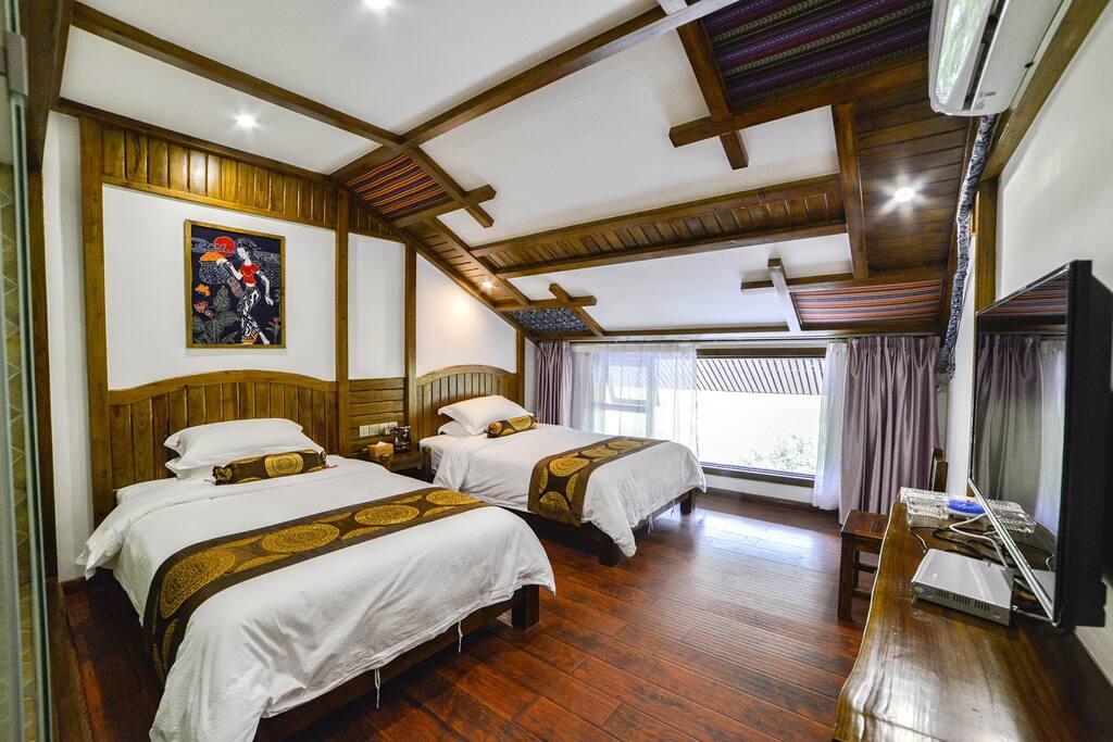 阁楼双床房