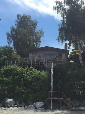Beachfront Home with Hot Tub - Blaine - Maison