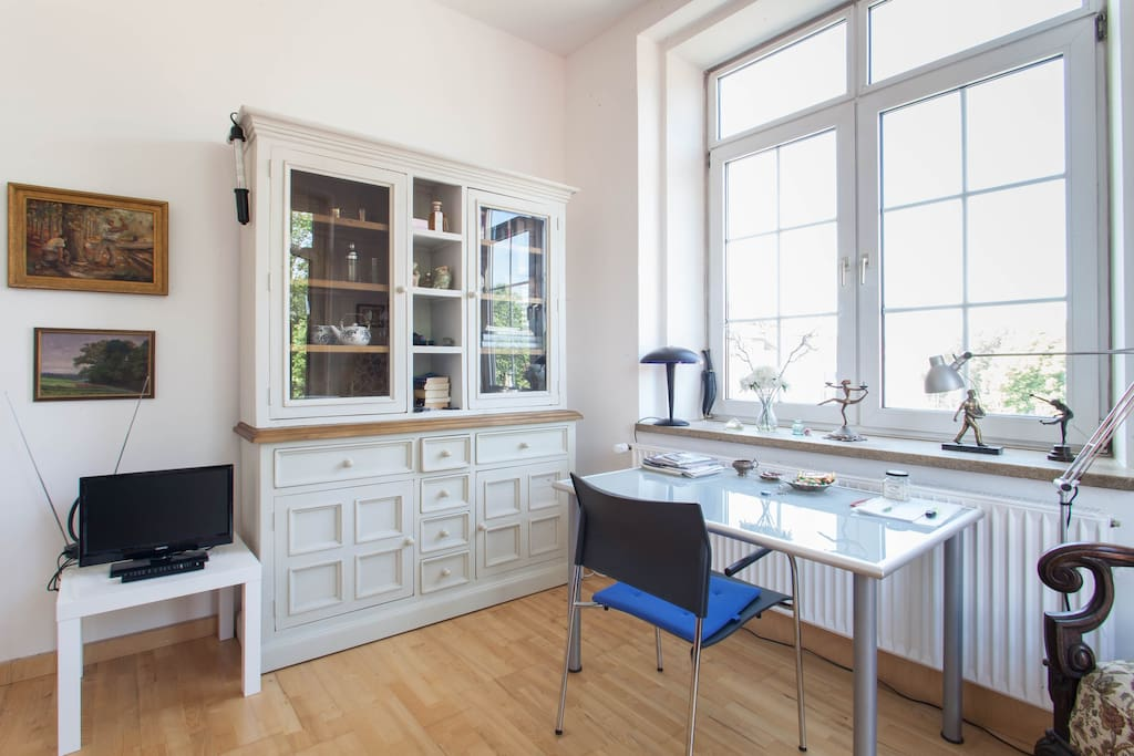 ferienwohnung zentrum hannover appartementen te huur in hannover nedersaksen duitsland. Black Bedroom Furniture Sets. Home Design Ideas