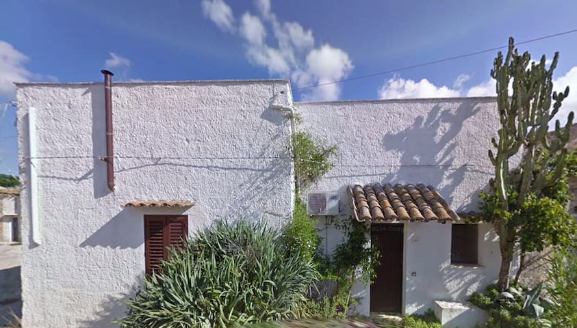 Lovely country house, 10km to beach - Ciavolo, Marsala - Casa-Terra