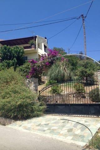 Moderne Wohnung auf der Insel Evia. Mit Meerblick - Figias - Wohnung
