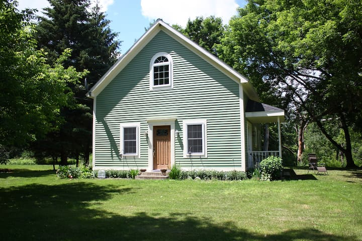 2 Bedroom Potsdam Country Home - Norwood - Hus