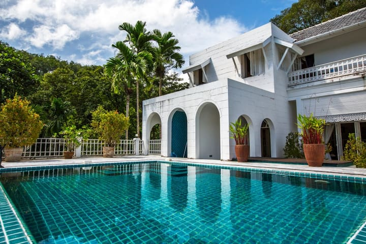 Beautiful villa Bang Tao