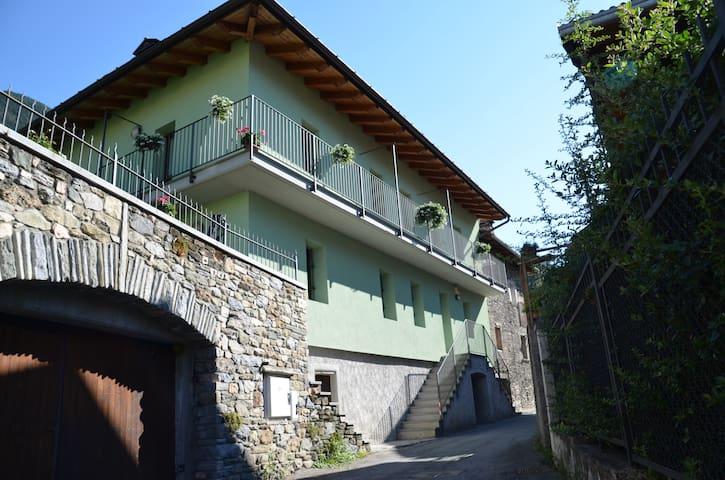 Delizioso appartamento tra rustico e moderno