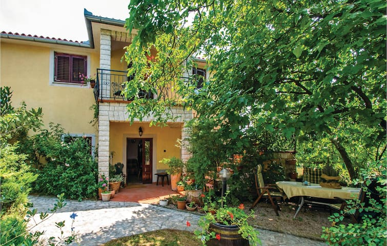 Holiday cottage with 1 bedroom on 71 m²
