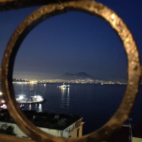 Posillipo - Camera con vista sul Golfo di Napoli