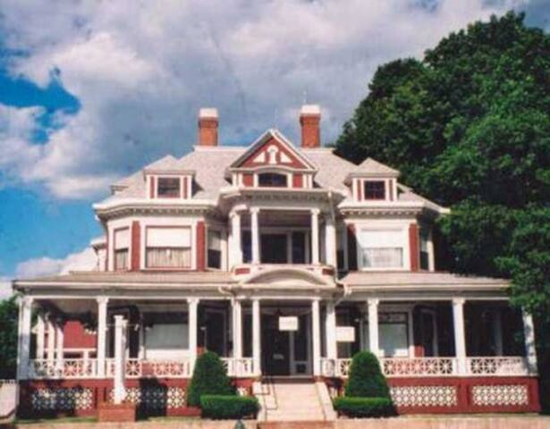 Historic Trafton House, Sanford, ME - Sanford - บ้าน