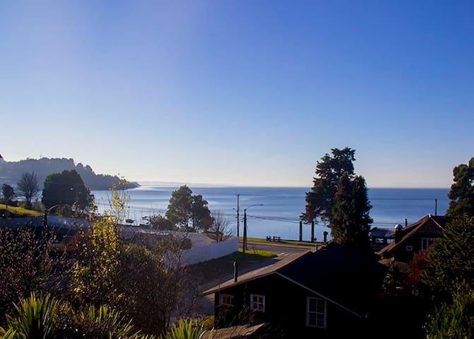 3th floor room with amazing view next to the lake - Puerto Varas - Rumah
