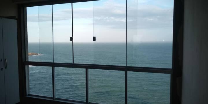 Apto Frente Mar Inteiro p/ hospedagem Guarapari