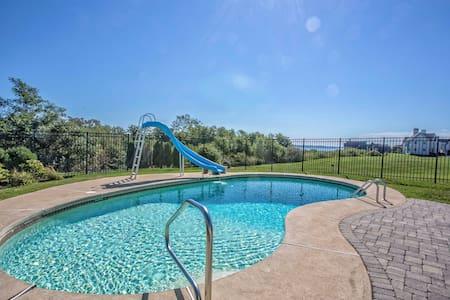 Sea Spray Water Views, Best Pool Home in Newport - Newport - Casa