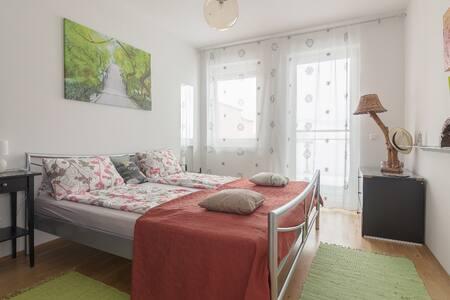 Neue moderne Unterkunft in Klagenfurt