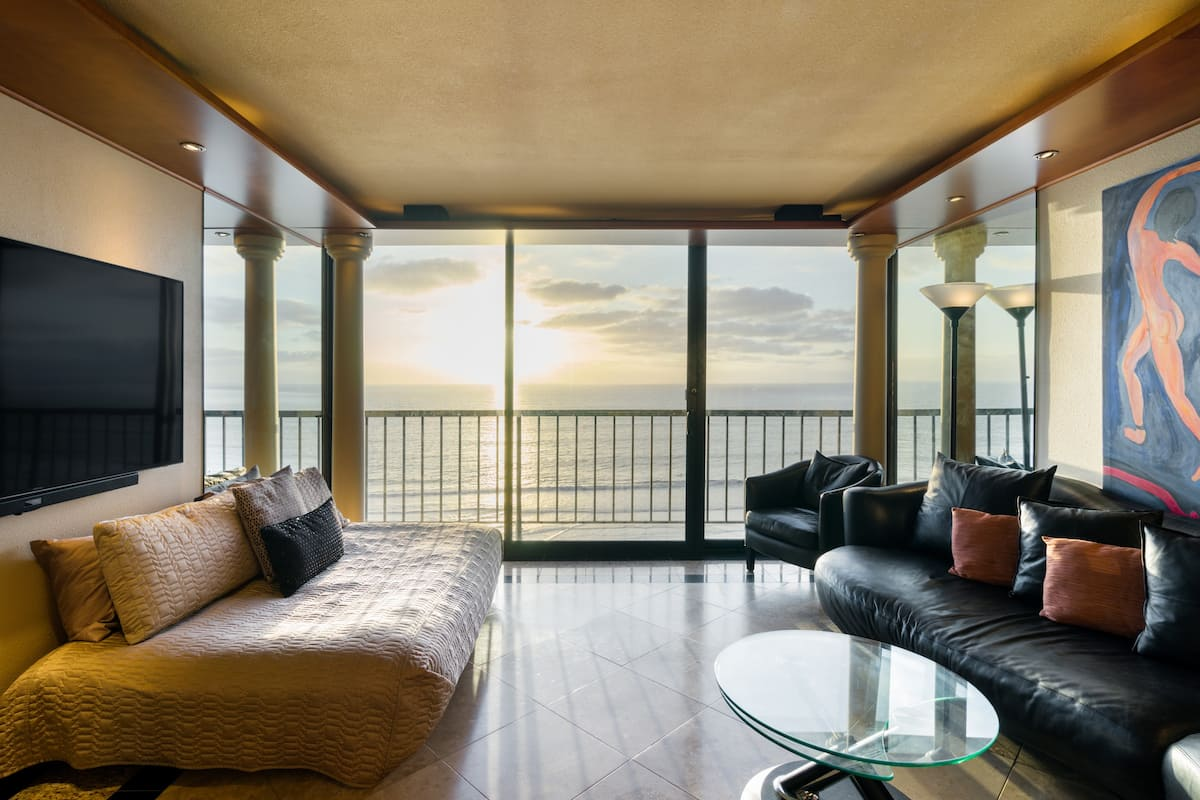 Oceanfront Elegant Condo - Remarkable Amenities