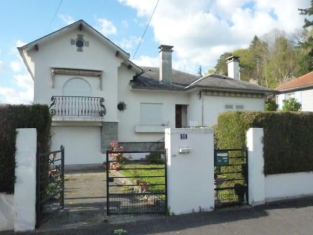 Maison avec vue Pic du Midi de Bigorre - Gerde - House