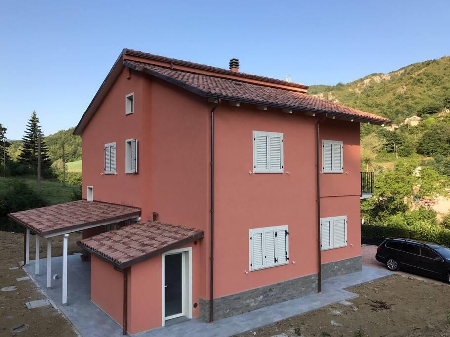Ludovilla marche pesaro urbino case in affitto a borgo - Piscina parco della pace pesaro ...