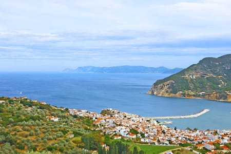 Cottage with Panoramic View, above Skopelos Town - Skopelos - Rumah