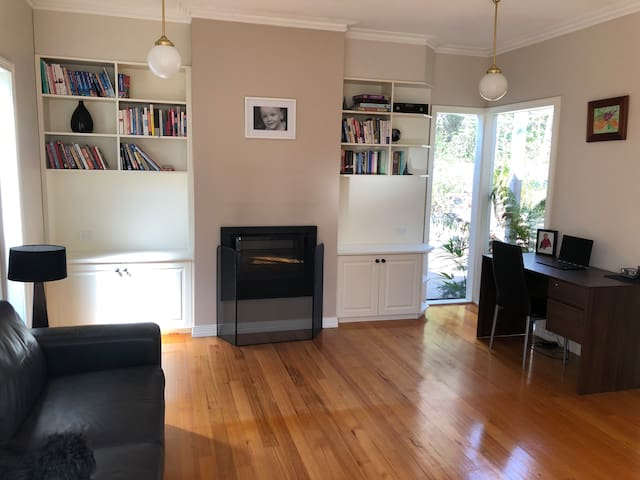 Stunning house walking distance to town