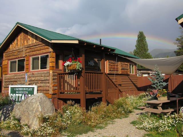 The angler cabin 5 lupine village at grand lake for Grand lake colorado cabin rentals