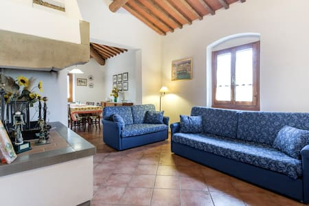 Farmhouse 15 minutes from Florence, free wifi - 雷杰諾 - 獨棟