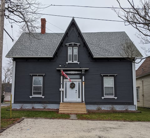 Historic 1880's newly renovated  captains house.