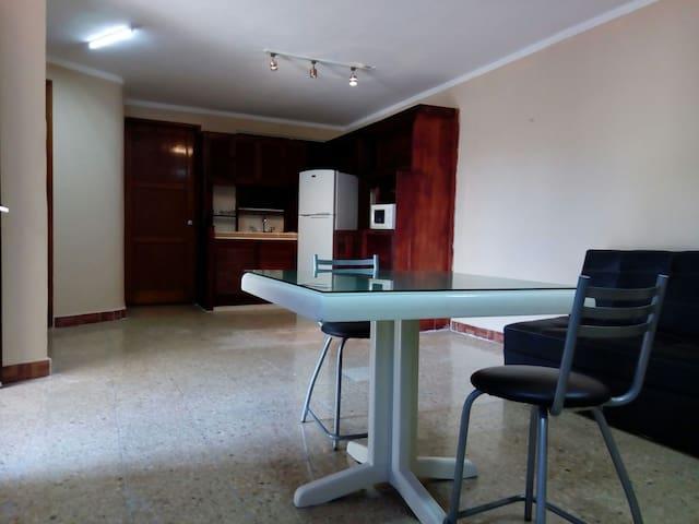 Departamento Agradable y céntrico - Cancún - Apartment