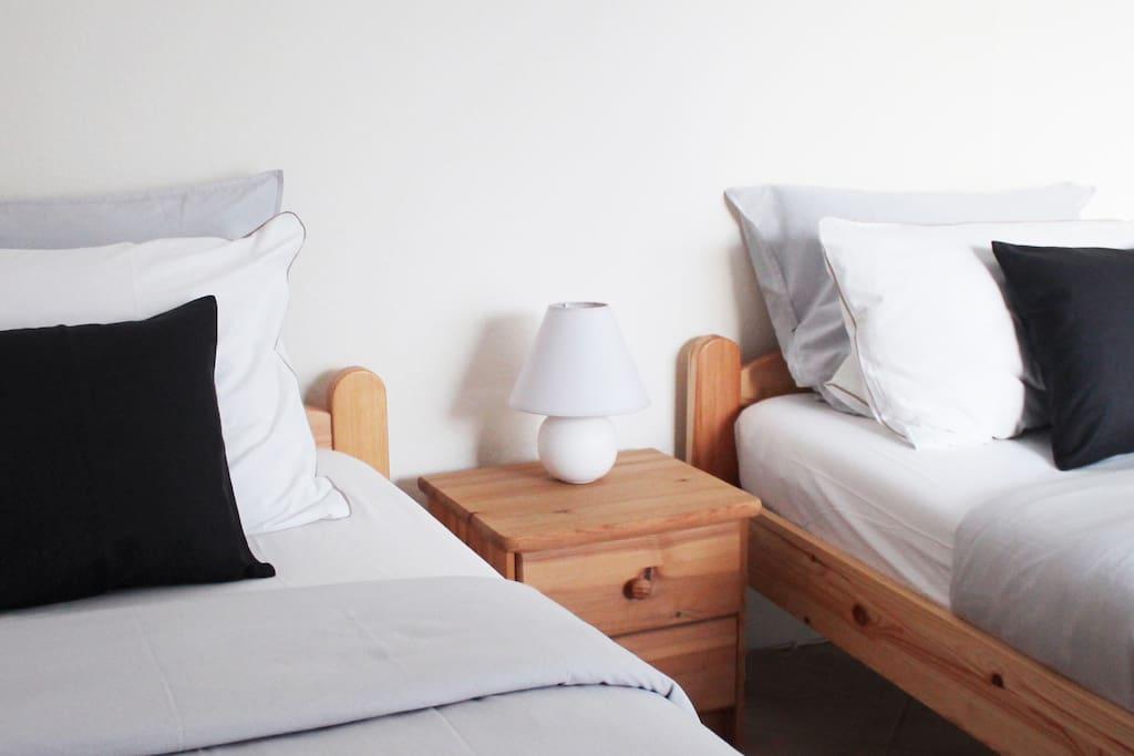 Alle Zimmer sind mit Einzelbetten ausgestattet