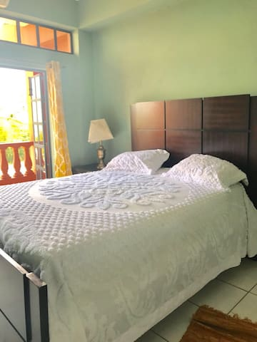 Seaview 4 bedroom Apartment. - Port-of-Spain - Wohnung