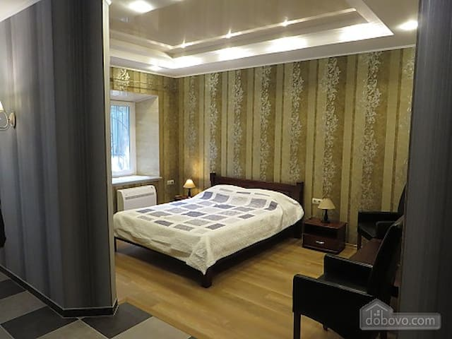 Double Room with 1 Bed and Terrace 7