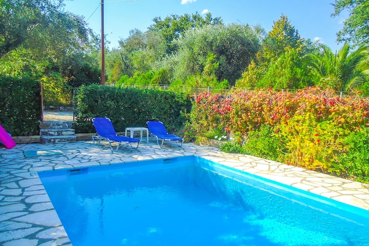 Fishermans Cottage: Private pool, a/c, near beach