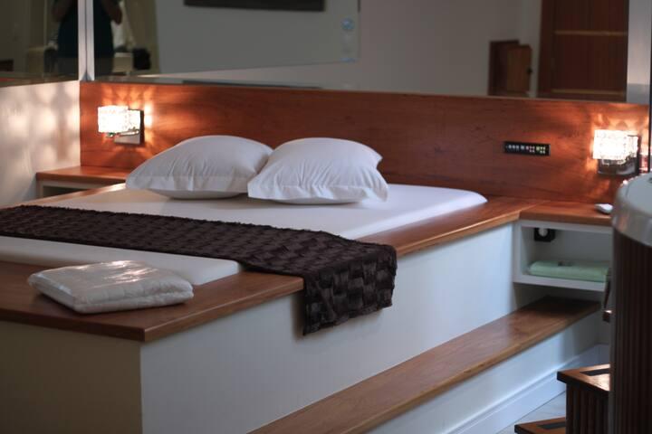 Suíte Acqua no Motel Cisne, ambiente clean. - Blumenau - Bed & Breakfast