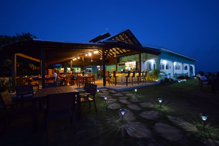 Boutique hotel and restaurant - Bluefields - Bed & Breakfast