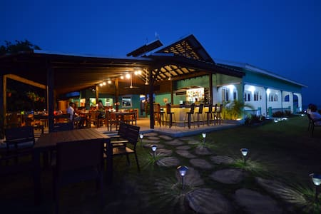 Boutique hotel and restaurant - Bluefields