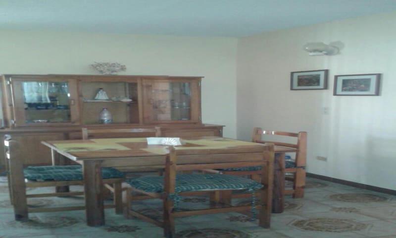 Apartamento Comodo Amoblado