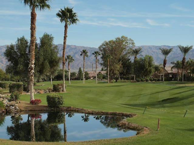 Desert Getaway Close To Festivals Golf/Pool/Resort - Indio - Apartment
