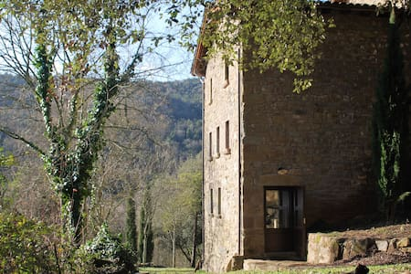 Mas Campolier. Apartment El Cucut - Sant Ferriol