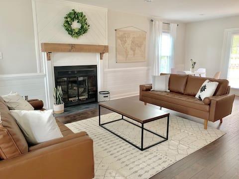 Crystal Coast Luxury Home with Game Room & Pool