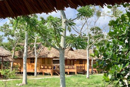Mekong Daniel Resort (Bungalow4)