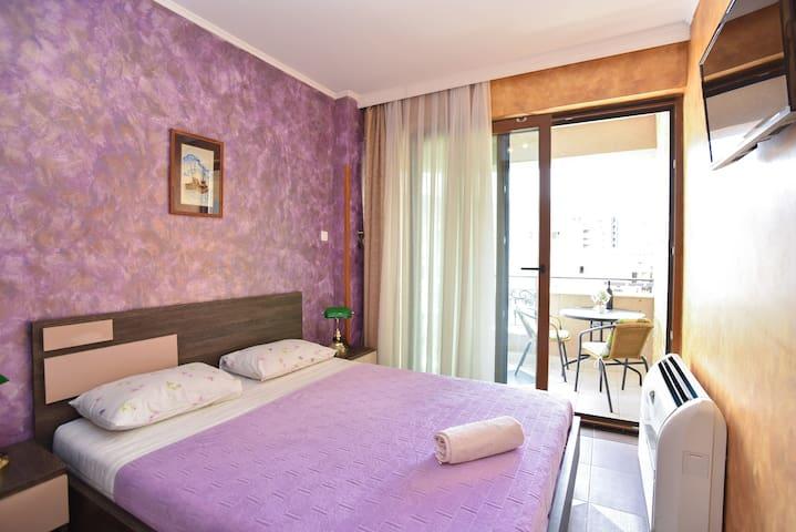 Lux M  2bedroom apartment,  AMAZING LOCATION